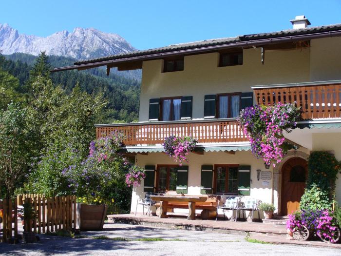 Ferienwohnungen Haus Hirschpoint