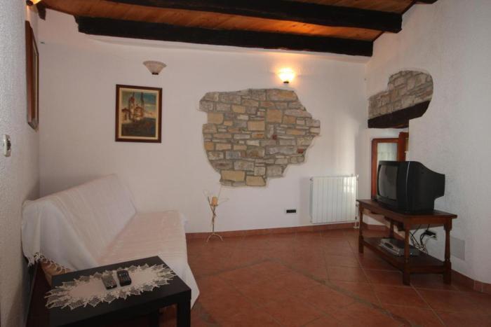 Apartment Oprtalj 7081a