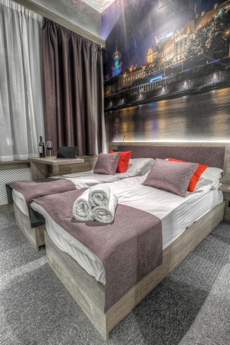Apartamenty Emilii Plater 8
