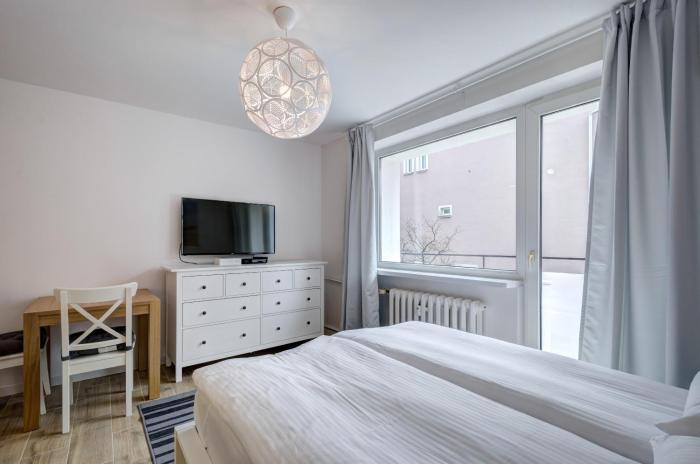 3 City Apartments - Five