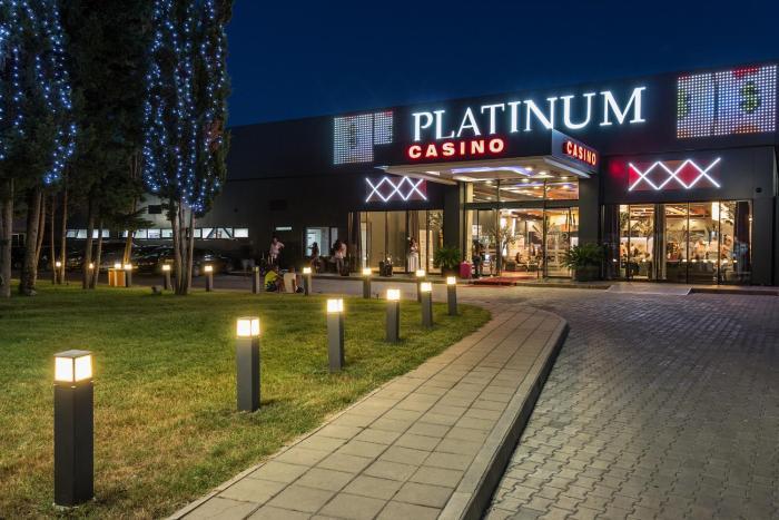 Platinum Hotel & Casino