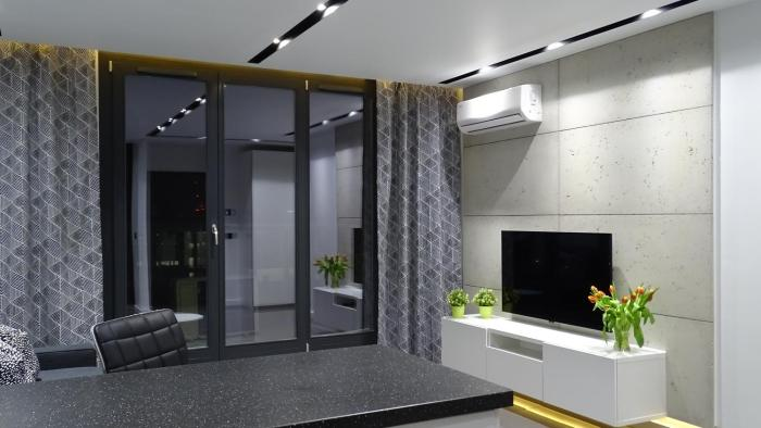 Black Line Apartment