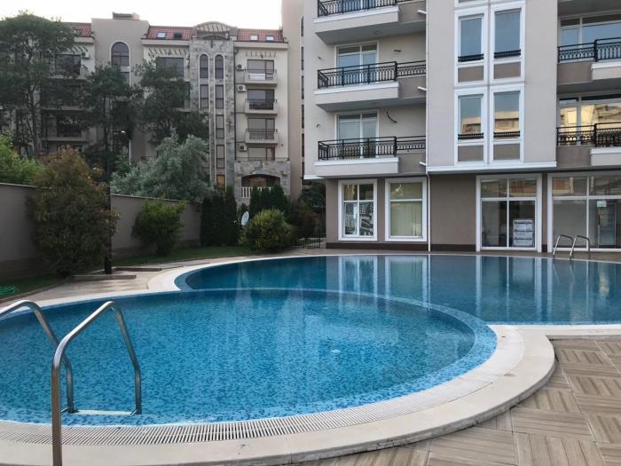 Premier Nadezhda Apartment