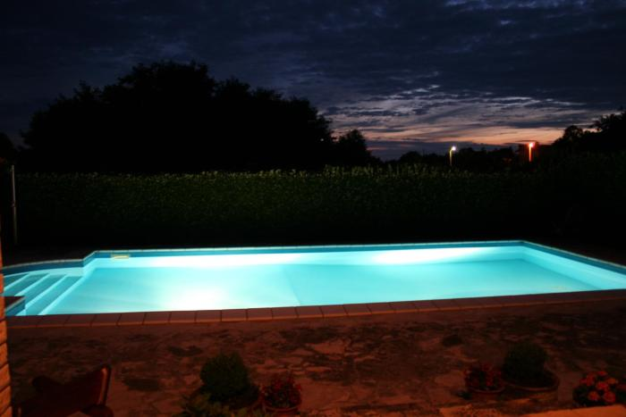 Family house on private property with pool