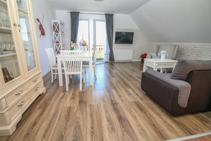 Apartament 3 km od centrum