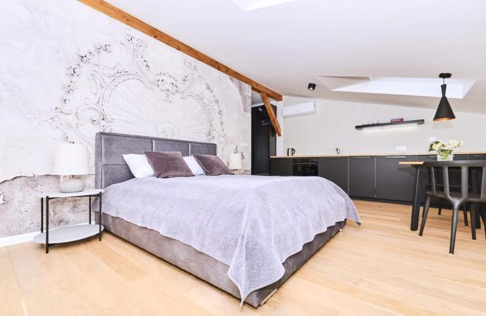 Chodkiewicza 10 B cozy studio by Homeprime