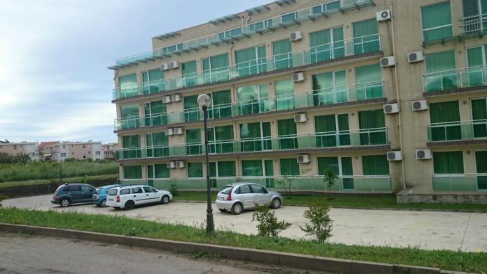 Complex Plaza 1 floor