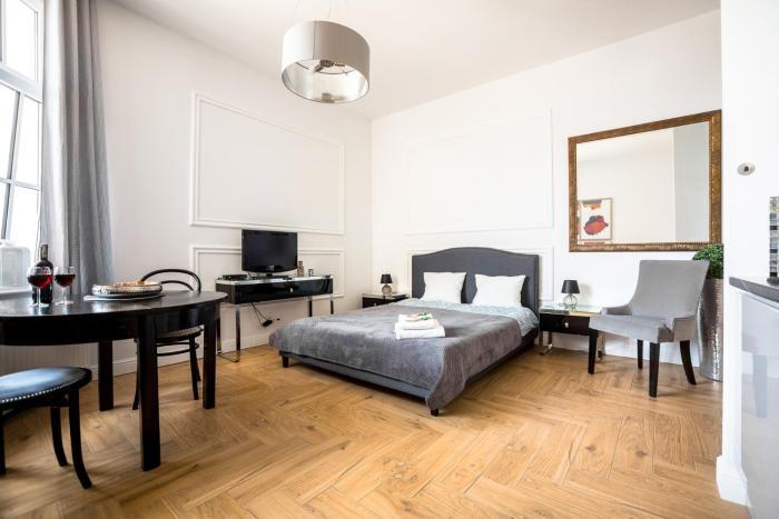 Ester Apartment