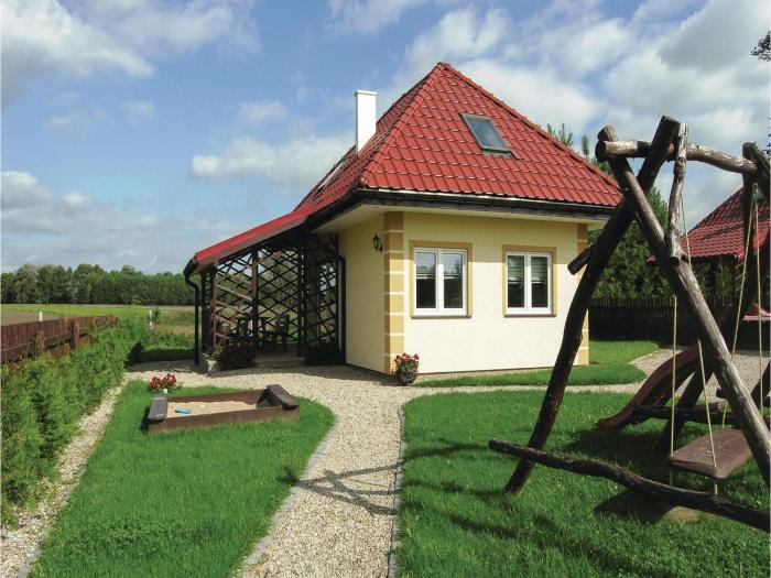 Three-Bedroom Holiday Home in Srokowo