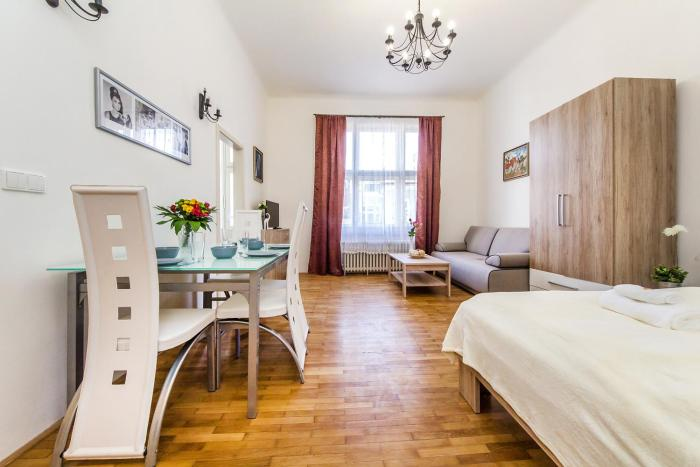 New apartment by the Old Town Square