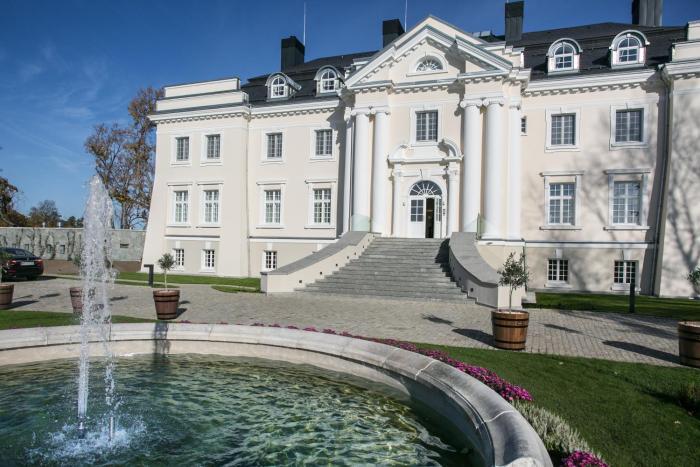Pałac Komierowo