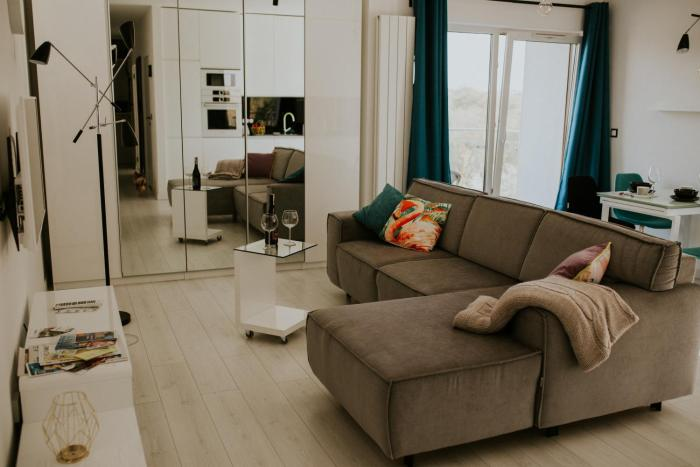 NG New Gardens Apartment