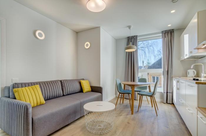Center Apartment 10A