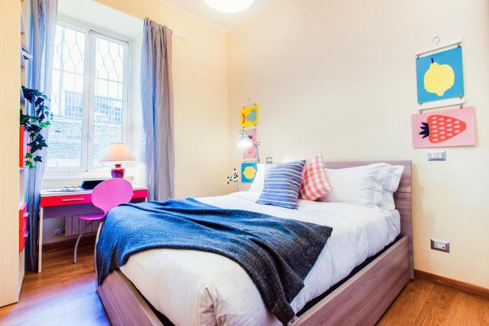 Cosy 1 bed with large terrace near St.Peter's