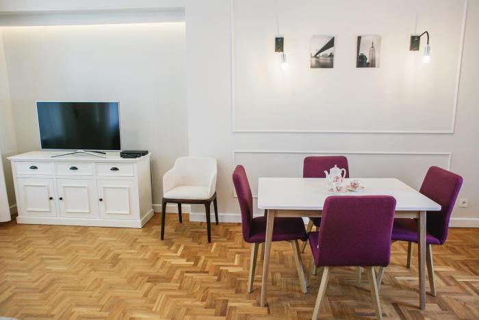 Ujazdowskie 37 New York Apartment
