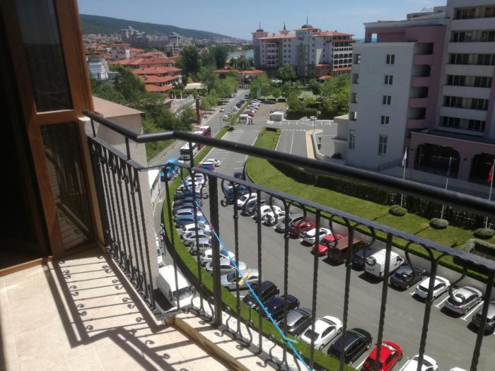 Top floor apartment in Poseidon complex Sunny Beach