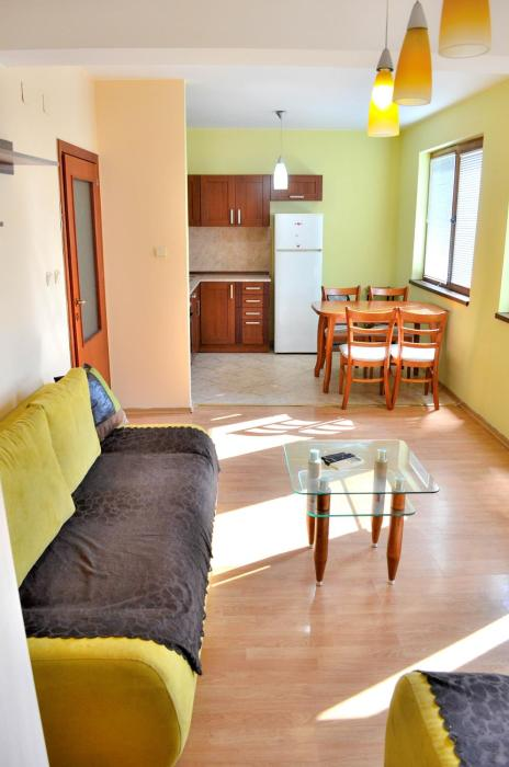 Central Apartment 6