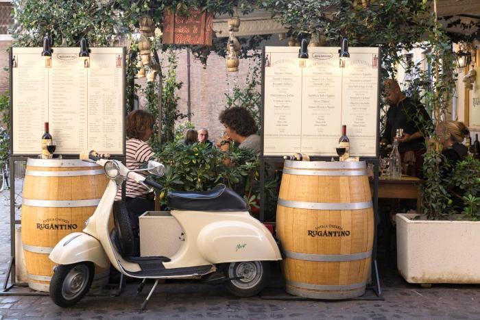 Via della Scala by Onefinestay