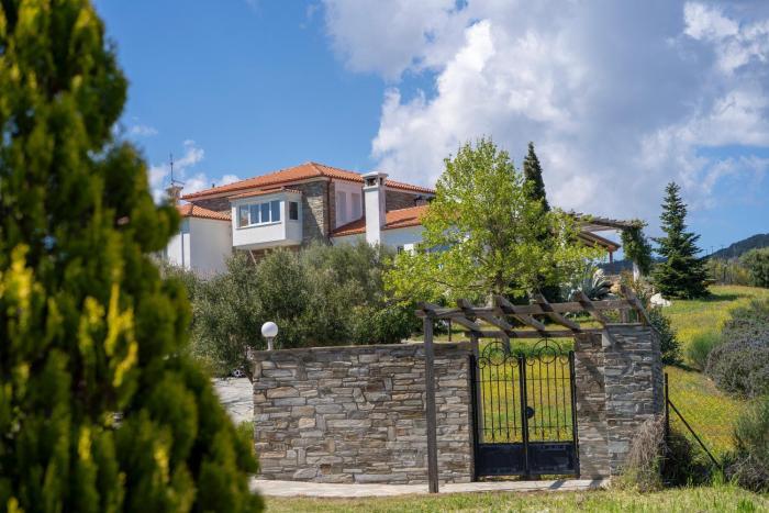 Villa Pirgadikia