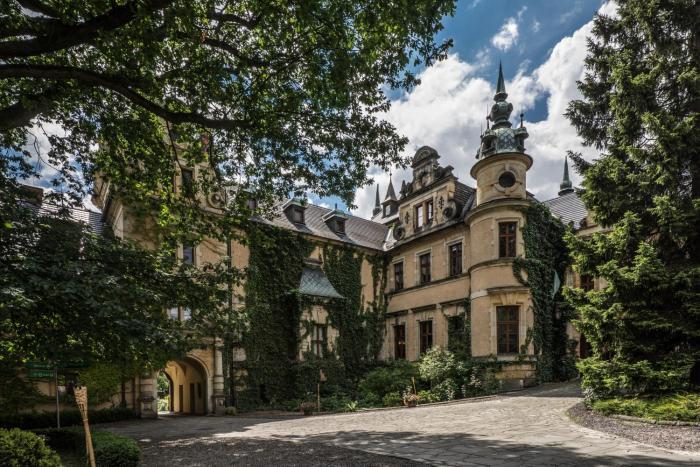Zamek Kliczków Centrum KonferencyjnoWypoczynkowe