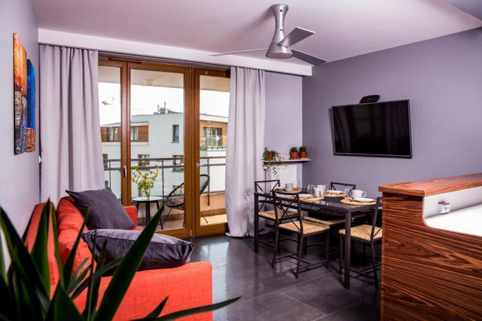 ICE Spacious & Comfortable Apartment