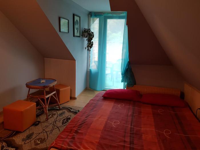 Chata-Bieszczady -domki i pokoje