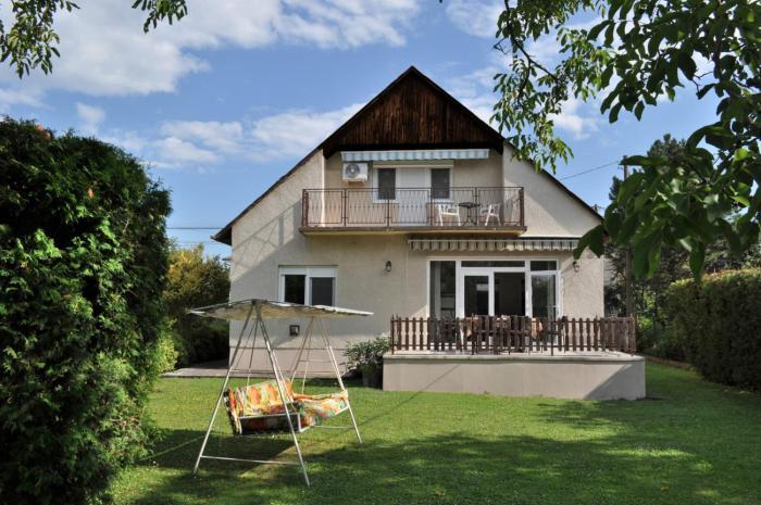 ZÁMOR HOLIDAY HOUSE