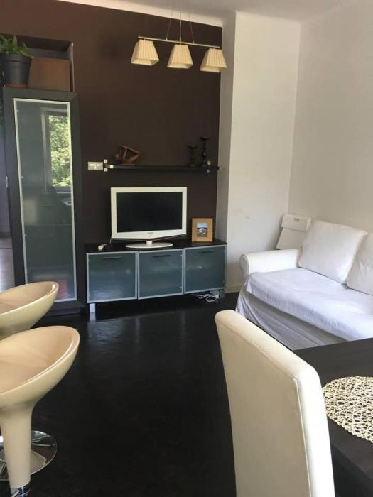 Spacious Apartment close to Old Town