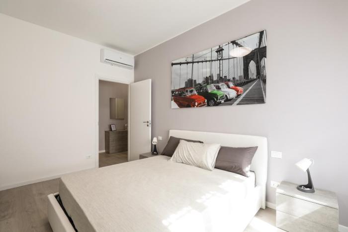 Curiel Modern Flat
