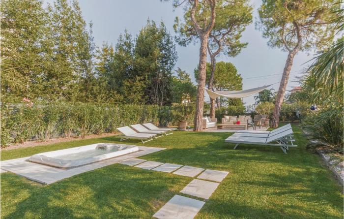 Apartment Desenzano dGarda BS 240
