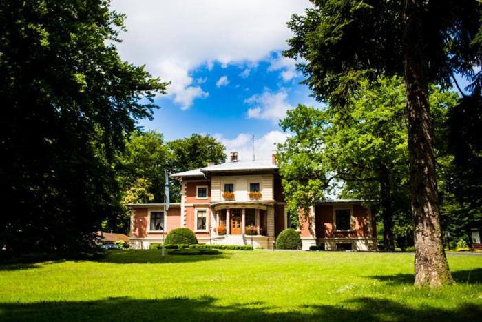 Pałac w Porażynie