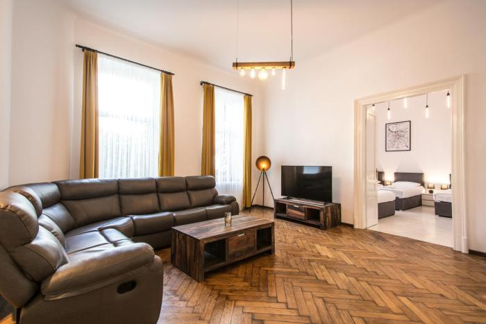 KD Super Big Apartment 3 Krakow