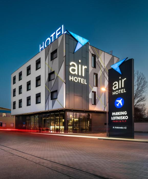 Air Hotel