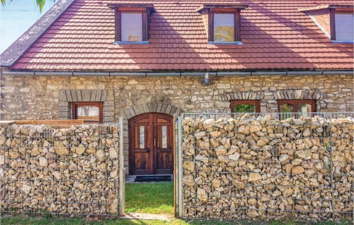 Nice home in Balatonfüred w WiFi and 3 Bedrooms