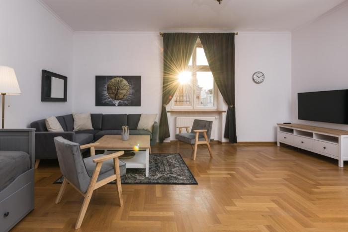 Grand Family Apartment Main Square Old Town