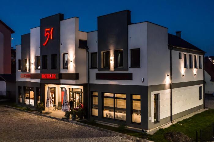 Hotelik 51