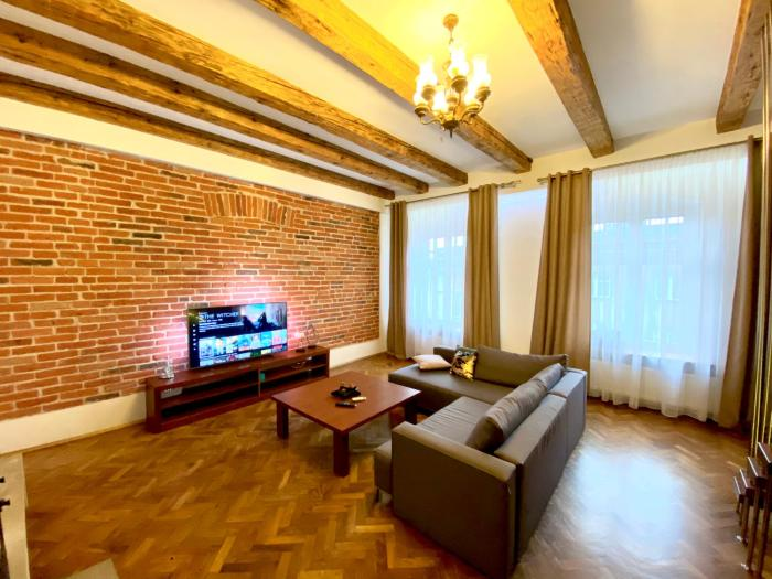 Premium apartment old town Kraków 1