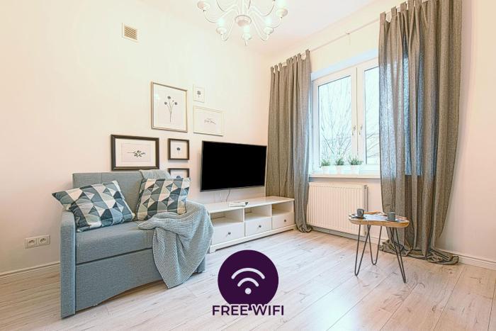 Elektoralna Apartments by Petite Fleur Warsaw