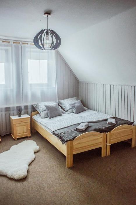 Apartament z widokiem na Krupówki Krupówki 48 budynek Polskich Kolei Linowych