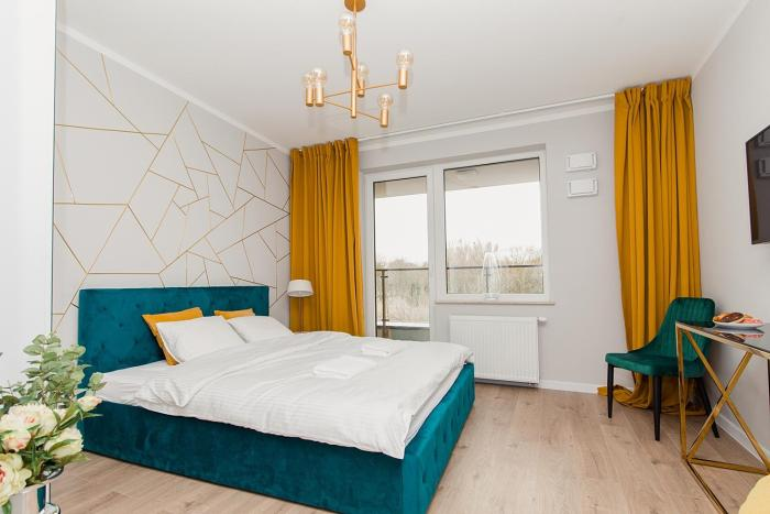 Warsaw To Be Golden Apartment