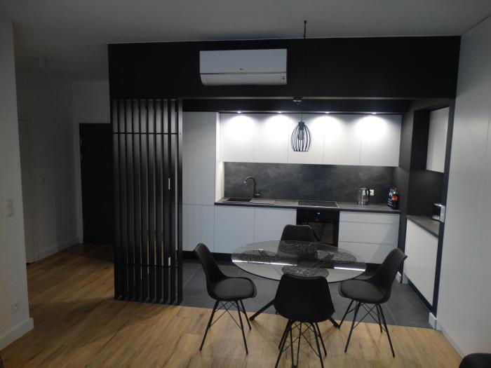BlackWhite Apartment Bis Małe Garbary 8
