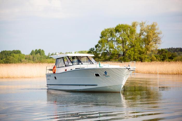 Jacht motorowy Nautika 1300 VIP