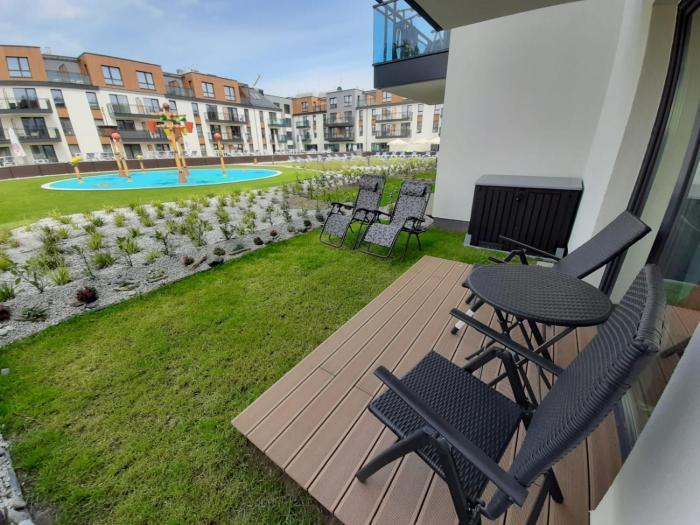 Apartament w Bel Mare z ogródkiem