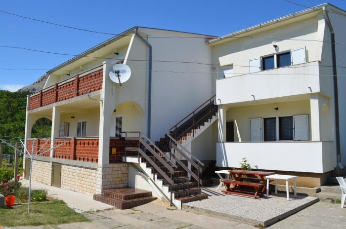 Apartments Aneva