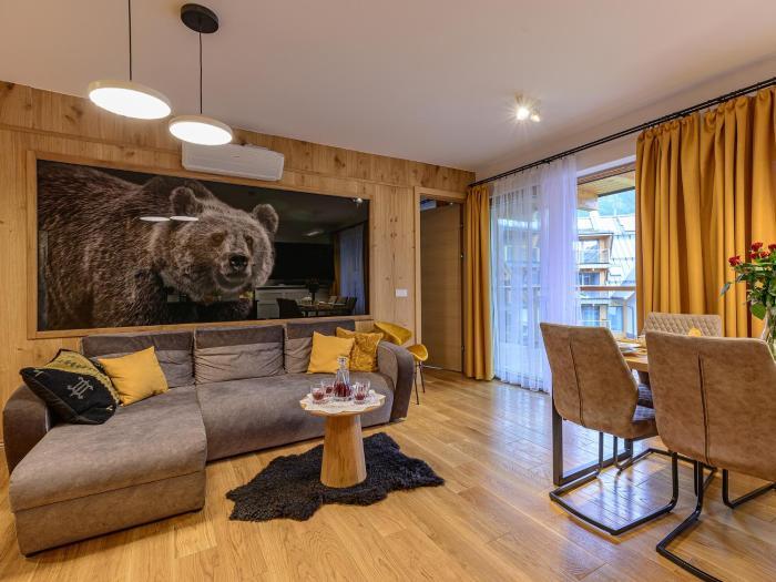 VisitZakopane Royal Resort GRIZZLY SPA Apartment