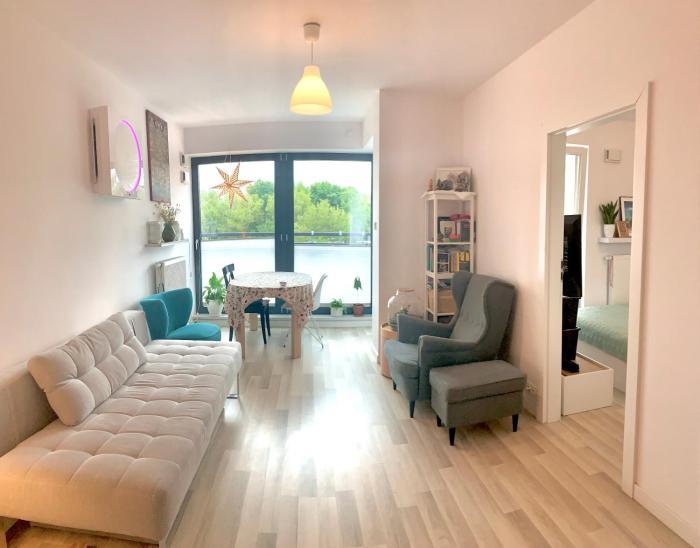 Modern Cozy Apartment in Mokotow
