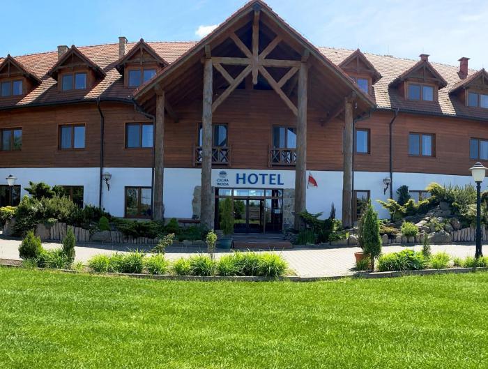 HOTEL CICHA WODA NIEPORĘT