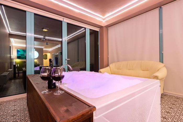Royal De Luxe Apartment