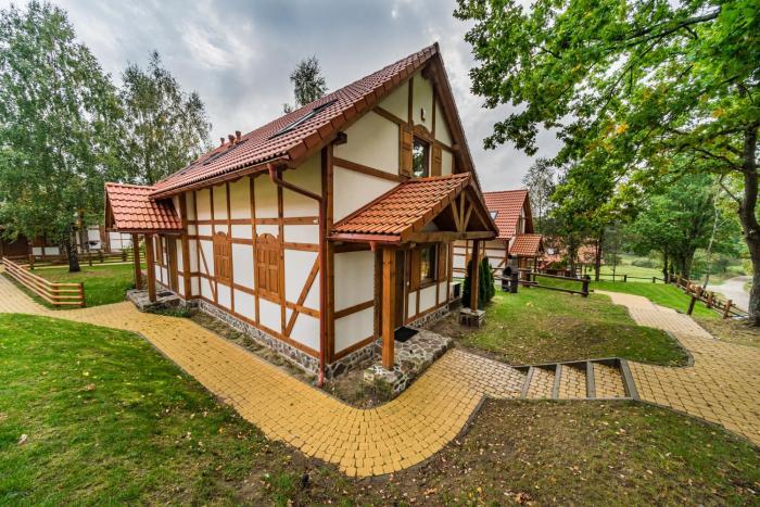 Folkowa chatka Kaszubska Ostoja