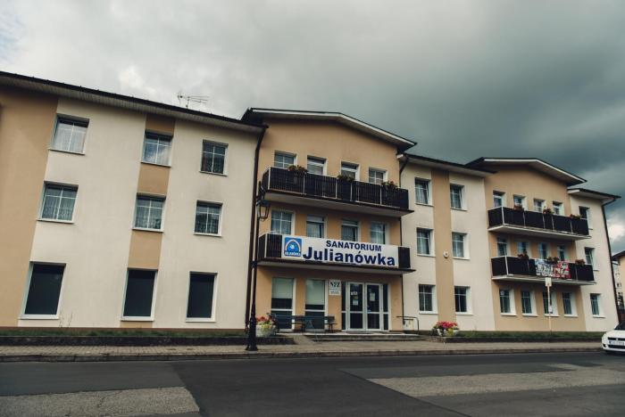Sanatorium Julianówka Helena Szulc Maksym Szulc SC